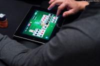 tablette jeu de cartes online